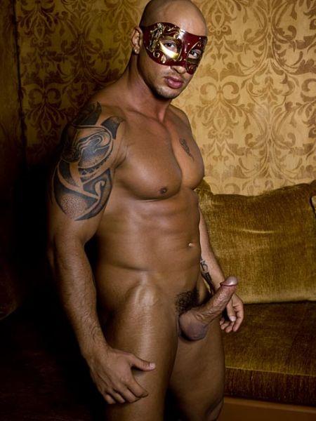 Gay Quentin Elias Nude